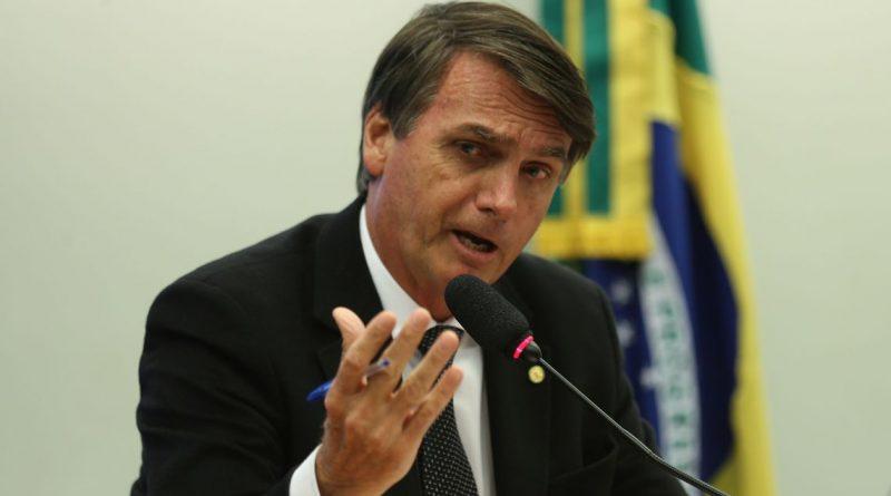 Bolsonaro faz reunião hoje para analisar proposta de reforma dos militares